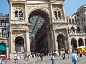 01 05 Milan  Galleria